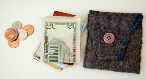 One button wallet, with cash and cards